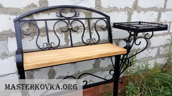 Скамейка на могилу со спинкой и столом 9т.р.