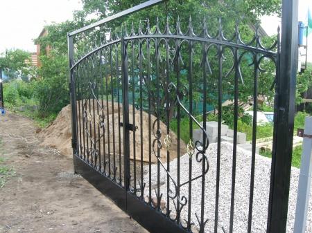 Кованые въездные ворота и калитки