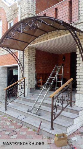 Кованые лестничные ограждения и кованые перила